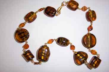 Large brown glass neckl.jpg